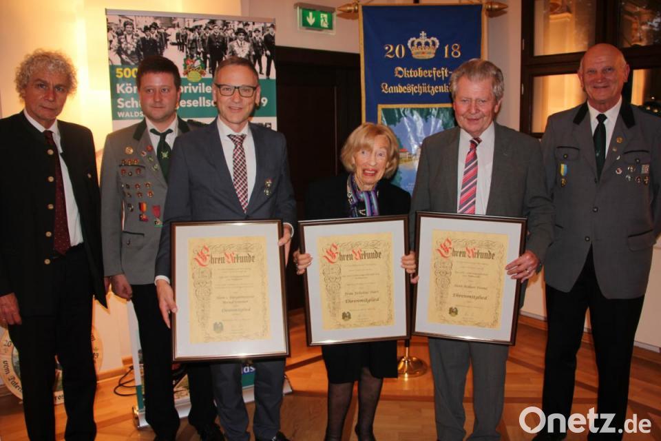 Neue Ehrenmitglieder Bernd Sommer, Felicitas Hart, Robert Treml